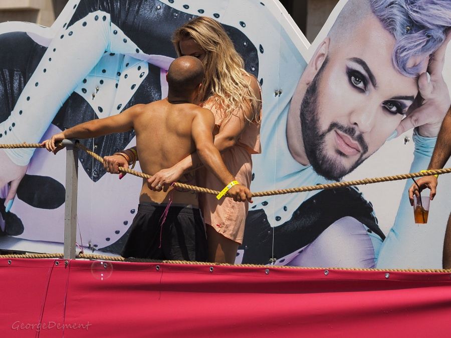 Tel_Aviv_Gay_Pride_Parade_2015_(18561994569)